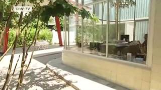 Berlin-Schöneberg: Eine Tankstelle wird zum Wohnhaus mit Garten