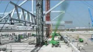 Ein Flugzeughangar im Bau (gmp Architekten)