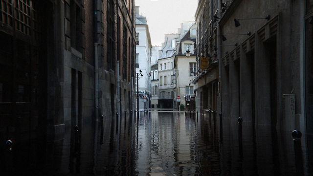 Paris underwater: Eine bezaubernde Animation für Augen und Ohren