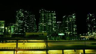 Chicago bei Nacht in wunderschönen (Film-)Bildern
