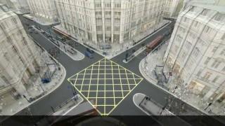 Wie entspannt man eine der am stärksten frequentierten Kreuzungen Londons?