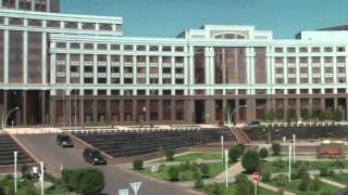 Plattenbauten und Architektur-Importe: Bilder aus Astana / Kasachstan