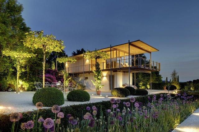 infinite space – der architekt john lautner: sommerkino im garten, Garten Ideen