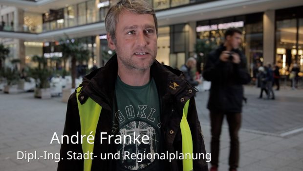 André Franke in der Mall of Berlin (Foto: Fred Wagner)