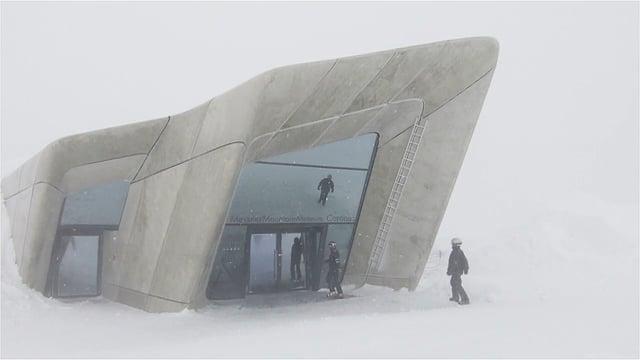 """Im Schneesturm: Das """"Messner Mountain Museum Corones"""" von Zaha Hadid Architects"""